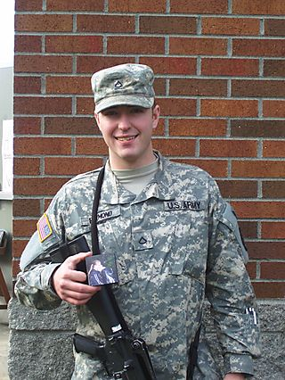 Soldierholdingzoomalbum